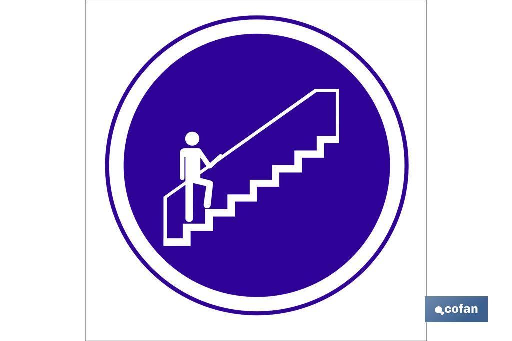 Obligatorio uso escalera