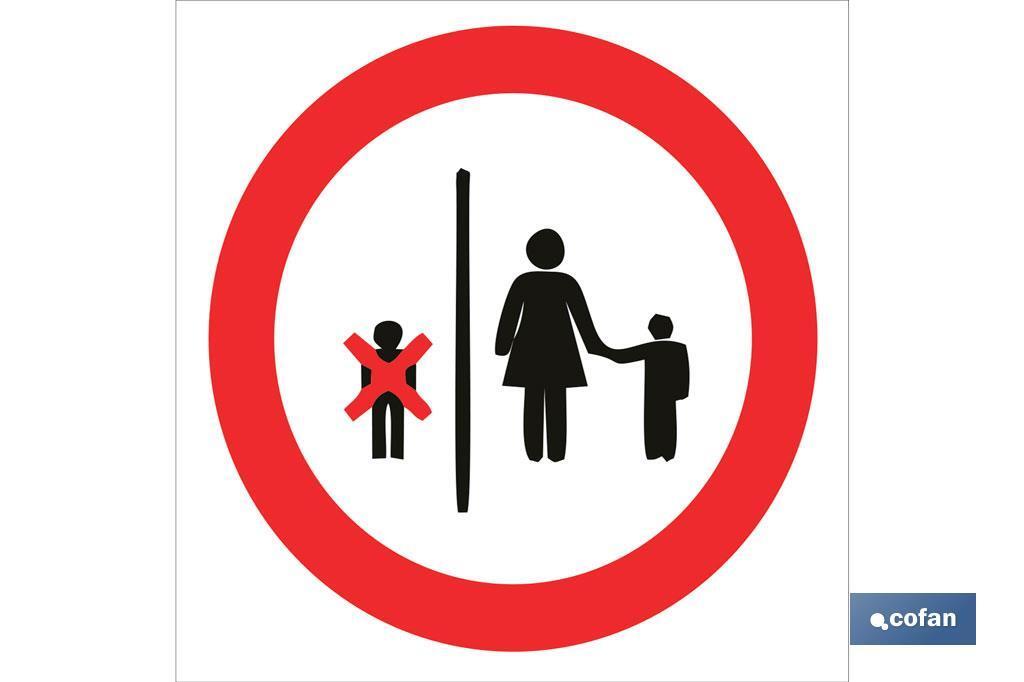 Prohibido ascensor a menores 14 años